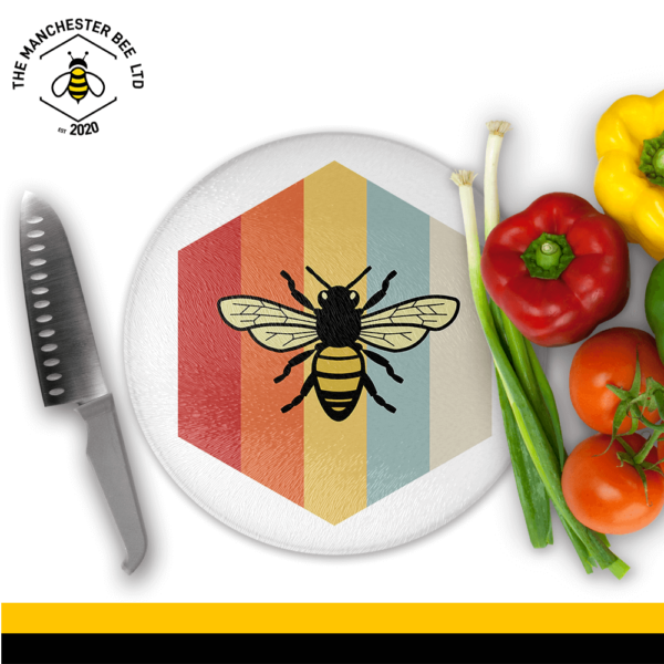 Retro Bee Round Chopping Board
